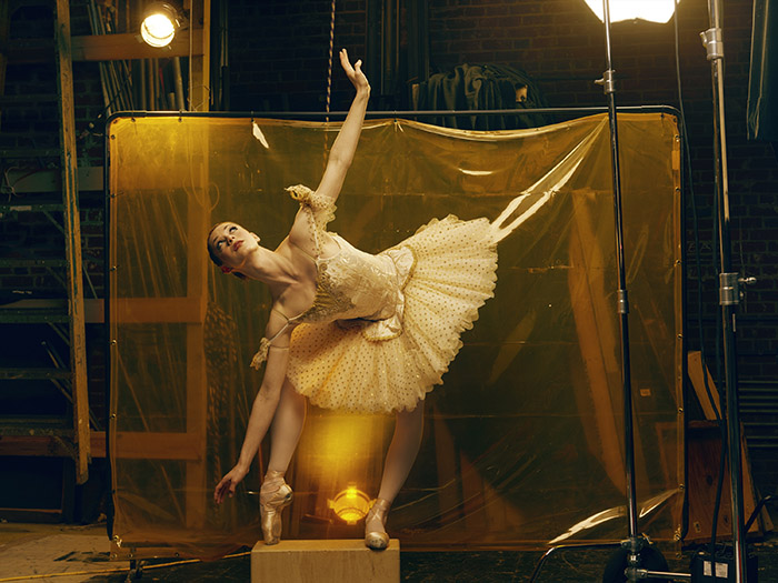 Color Cast: Felix Kunze Ballerina 2 Alien Skin